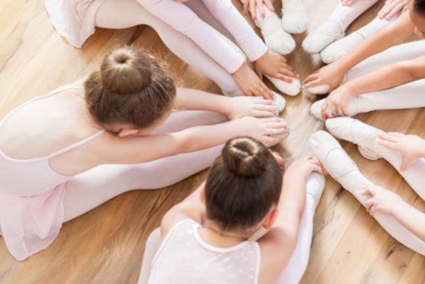 dancer stretching_4